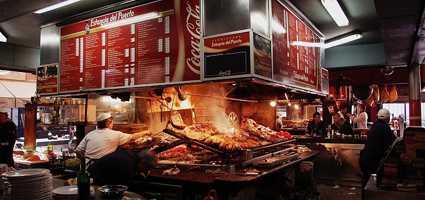 Comer es uno de los principales gastos en Uruguay
