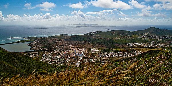 Vue depuis le sommet du Pic Paradis