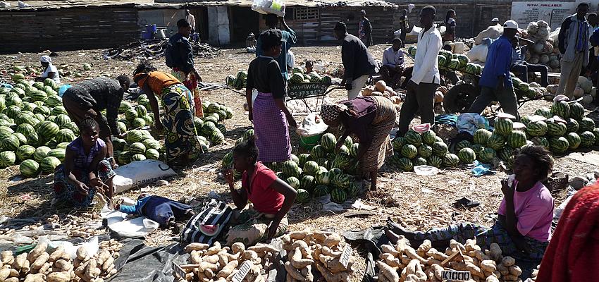 Sur les marchés en Zambie
