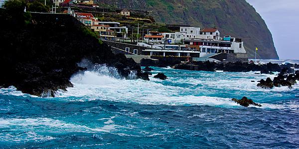 Porto Moniz, face à l'océan