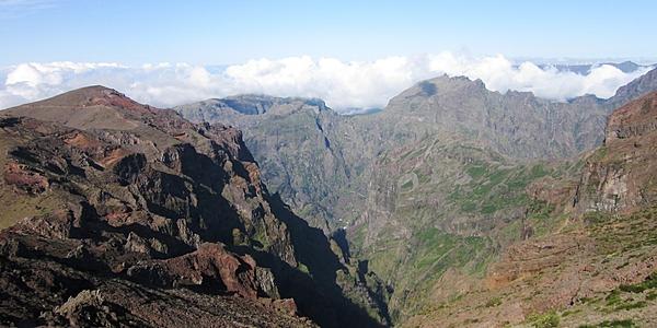 Depuis le Pico do Areiro