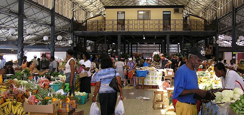 Scène de marché à Fort-de-France, Martinique