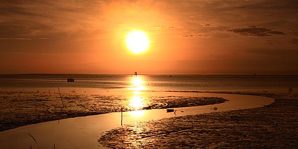 Coucher de soleil sur la plage au Brunei