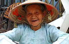 Rencontres authentiques, des villages du Nord au Delta du Mekong
