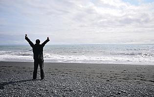 Homme sur la plage