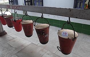 extincteurs à incendie locaux_gare de bishnupur