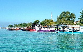 Les plages des îles Gilis vous éblouiront avec leur couleur paradisiaques !