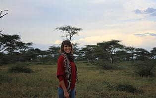 Cynthia, votre agent francophone en Tanzanie avec l'agence locale Hors Pistes !