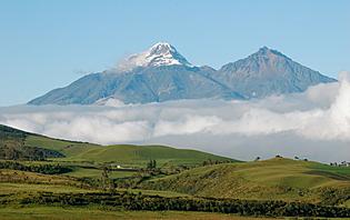 Le Cotopaxi, culmine à 5897 mètres, faisant de lui le volcan actif le plus haut au monde !