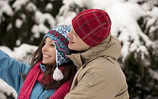 Partez à l'aventure en amoureux dans les paysages enneigés de la Norvège !