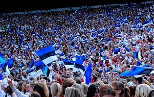 Les Estoniens, un peuple festif !