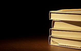 Pour les longs trajets, pensez à un bon livre sur le pays que vous visitez !