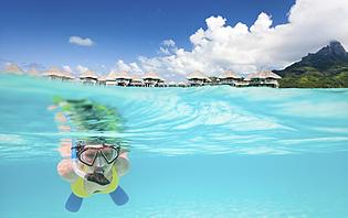 Il vous suffit d'un masque et d'un tuba pour découvrir les richesses des Maldives !