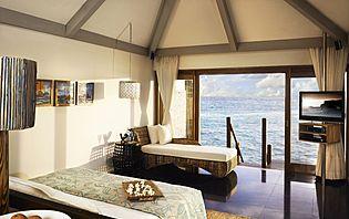 Les îles hôtels sont de véritables havres de paix aux Maldives.