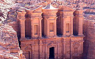 Prenez-vous pour un Indiana Jones de luxe à Petra, en Jordanie !