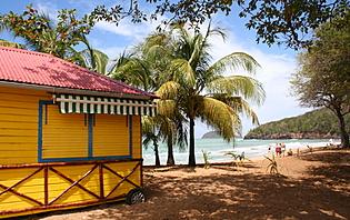 Une plage de Guadeloupe, au coeur des Antilles