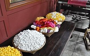 La soie, l'un des piliers de l'artisanat thaïlandais