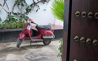 Le scooter, un moyen de transport idéal pour découvrir Zanzibar