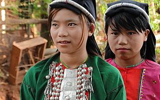 Jeunes filles Shan
