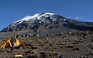 Camp de trekkeur sur le Kilimandjaro