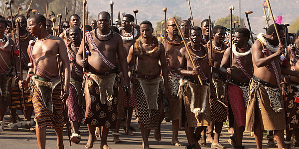 Hommes lors de l'Umhlanga