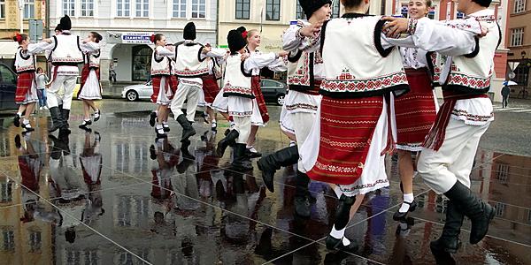 Les danses traditionneles