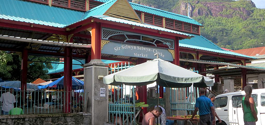 Un marché aux Seychelles