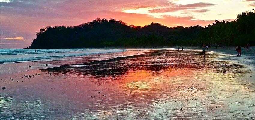 Coucher de soleil sur le Costa Rica