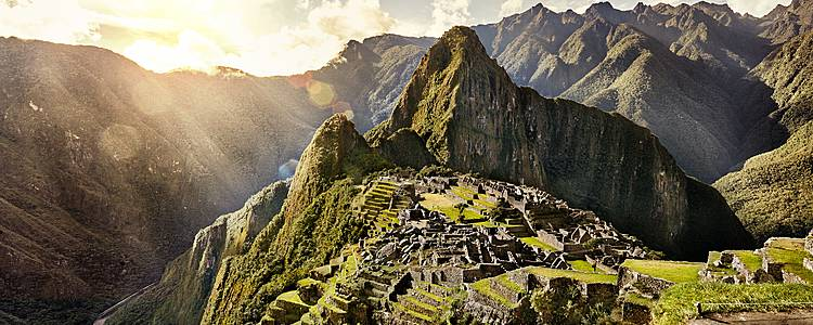 Perú Esencial: Cuzco, Machu Picchu y Lago Titicaca