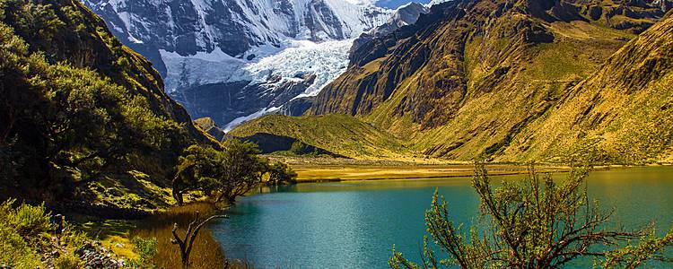 Grandiose Wanderung in der Cordillera Huayhuash