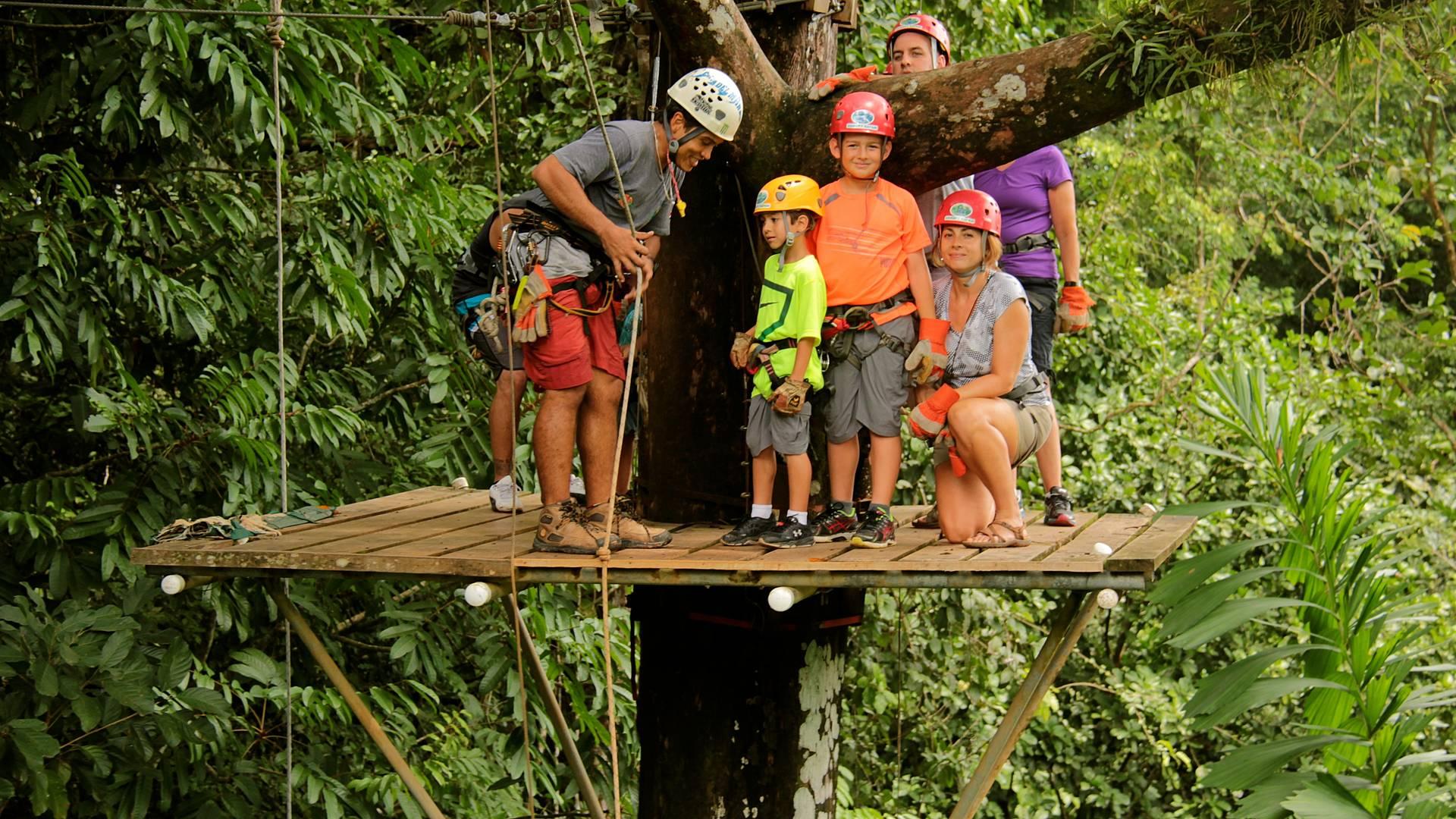Bain de nature costaricienne et rencontres avec les locaux en famille