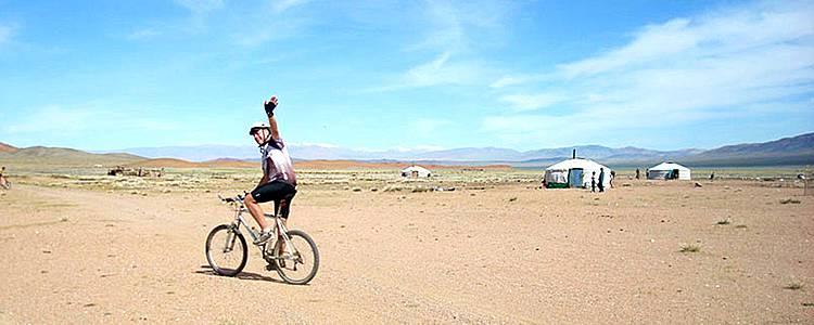 Mit dem Mountainbike durch die Steppe