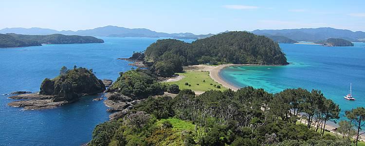 île du Nord, plages, nature et geysers