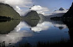 Les 2 îles : des plages aux fjords en camping-car