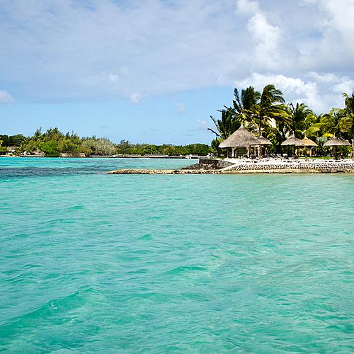 Visite autour de l'île dans l'eau bleu turquoise - Île Maurice -