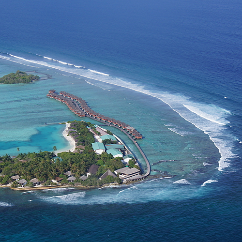 Lagon Exceptionnel , Cadre romantique au Zitahli Kudafuna Faru ***** - Malé -