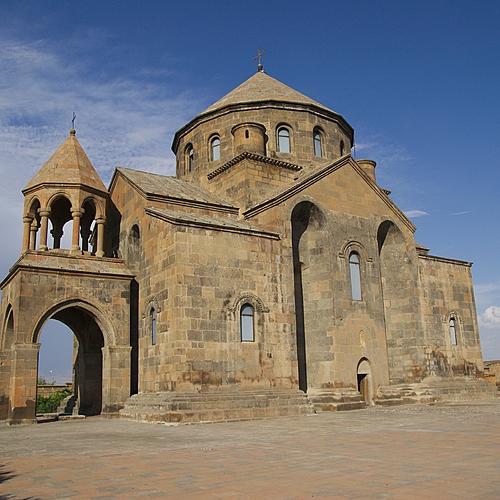 Une citadelle perchée, entre Arménie et Géorgie - Erevan -