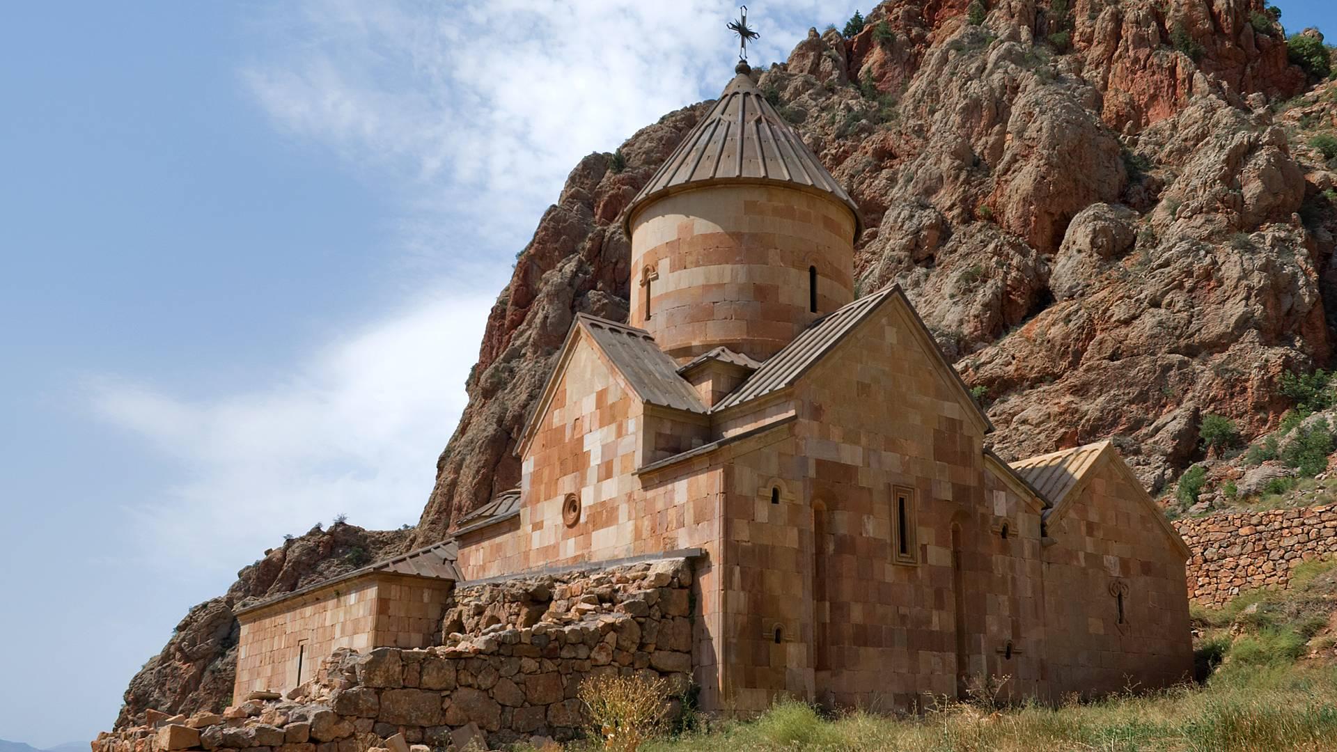 Impronte di un'antica civiltà: un tour archeologico