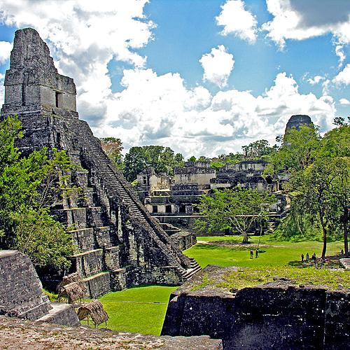Monde Maya d'hier et d'aujourd'hui - Antigua Guatemala -