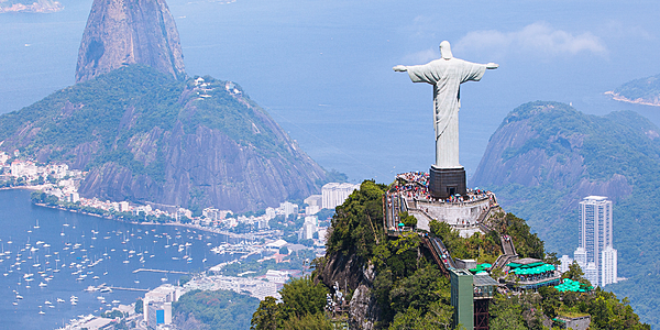 Vue sur le Corcovado et le Pain de Sucre, Rio de Janeiro