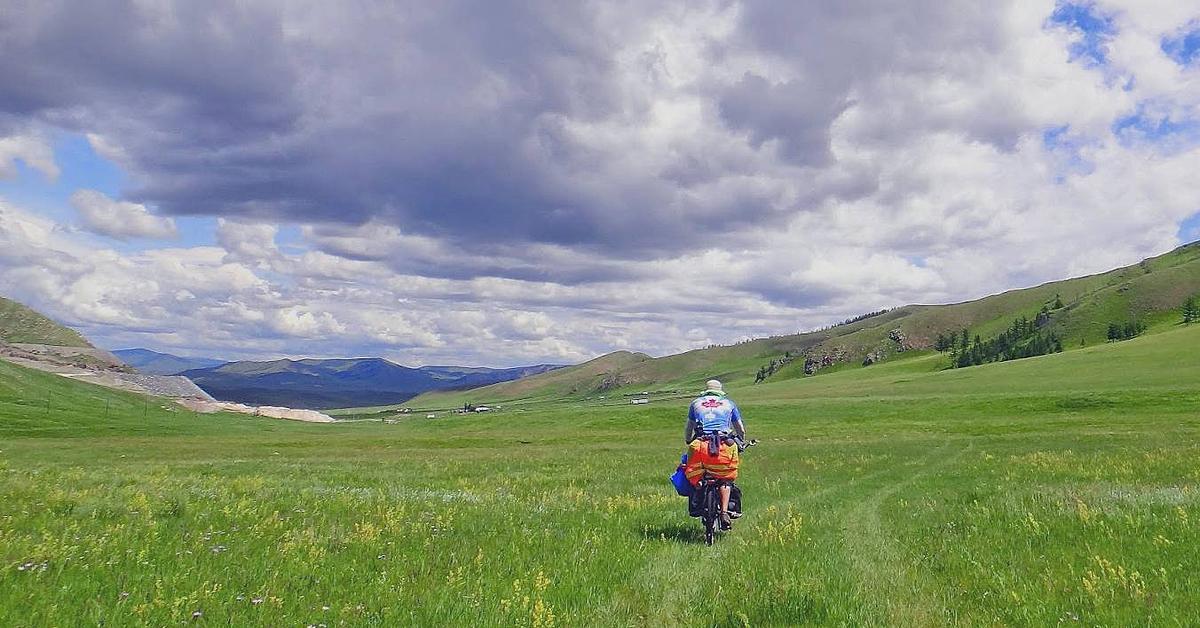 Voyage en véhicule : Les steppes mongoles à vélo