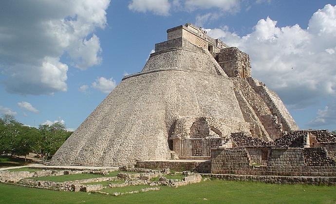 Circuito Y Misterios : Circuito méxico tradiciones aztecas y misterios mayas