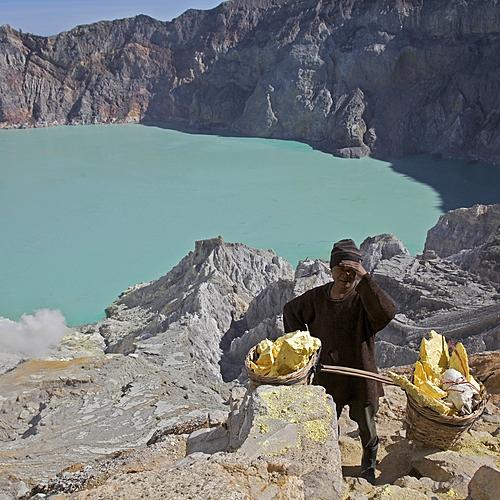 Plongées et Volcans -
