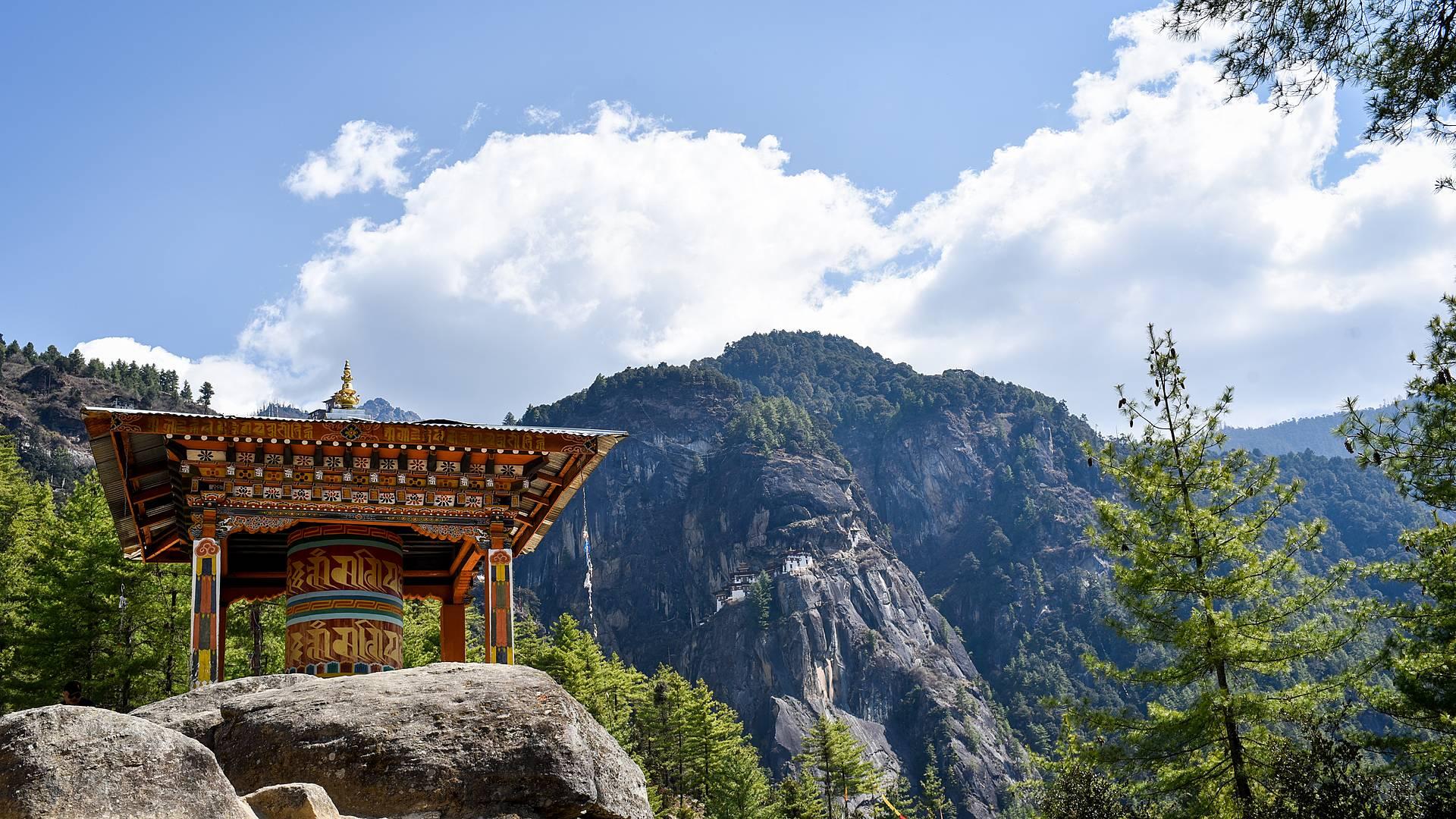 Natura incontaminata e cultura buddista