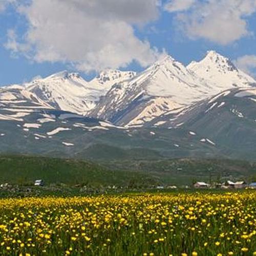 Trek du Mont Aragats, point culminant - Zvartnots International Airport - sur-mesure - circuit - evaneos