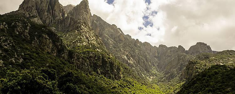 Wanderungen in der faszinierenden korsischen Bergwelt
