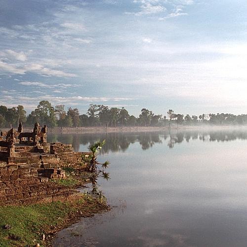 Splendeurs khmères d'Angkor au Tonle Sap - Phnom Penh -