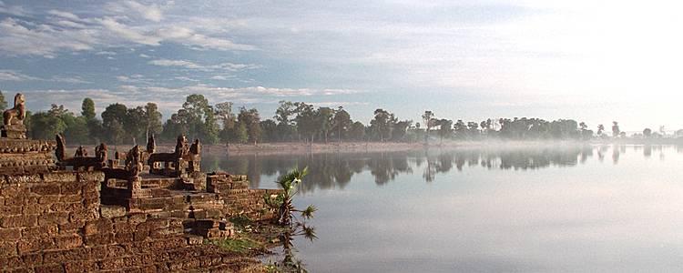 Splendeurs khmères d'Angkor au Tonle Sap