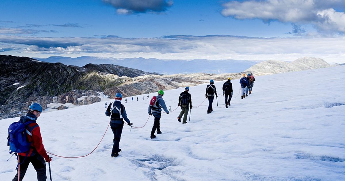 Voyage à la neige Norvège : Randonnée raquette aux îles Lofoten, en mini-groupe