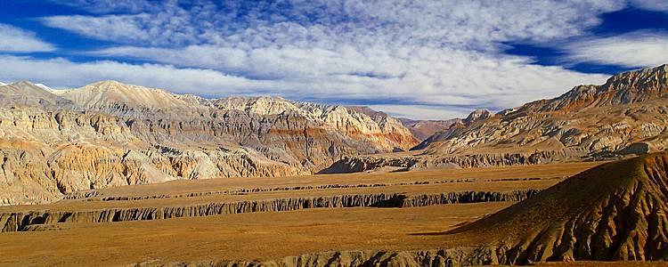 Trekking nel Mustang e Tiji festival (maggio)